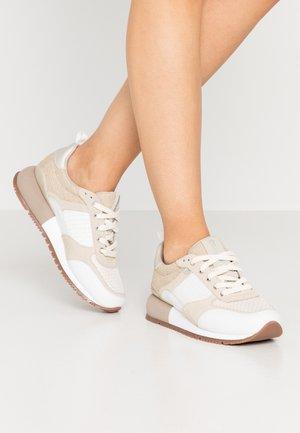 ANZAC - Sneaker low - blanco