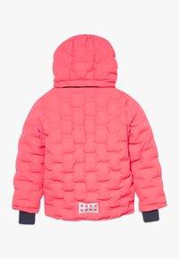 LEGO Wear - LWJIPE 706 - Snowboardová bunda - coral red - 1