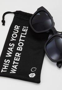 CHPO - VIK - Sunglasses - black - 3