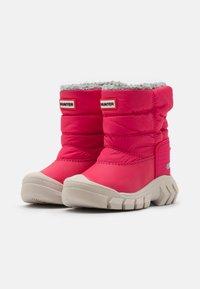 Hunter ORIGINAL - ORIGINAL KIDS BOOTS - Zimní obuv - bright pink - 1