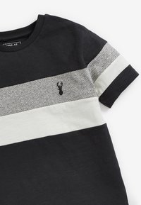 Next - MONOCHROME TEXTURED COLOURBLOCK - Print T-shirt - grey - 2