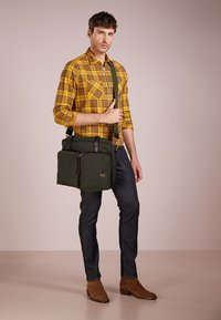 Filson - DRYDEN BRIEFCASE - Attachetasker - ottergreen - 1