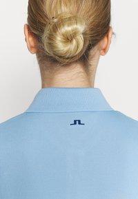 J.LINDEBERG - MALIN SLEEVELESS GOLF  - Top - summer blue - 5