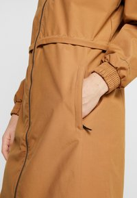 Columbia - FIRWOOD™ LONG JACKET - Waterproof jacket - light elk - 7