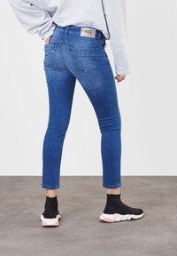 MAC Jeans - Slim fit jeans - authentic blue wash - 1