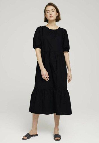 Day dress - deep black