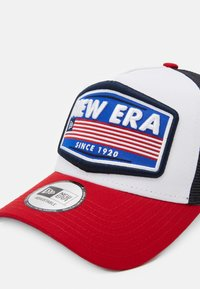 New Era - USA PATCH TRUCKER - Cap - white - 3