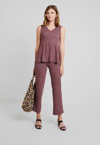 mint&berry - Trousers - winetasting - 1