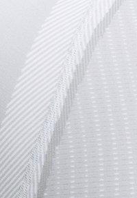 Giro - CHRONO BASE LAYER - Print T-shirt - white - 2