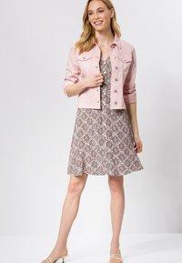 zero - Denim jacket - peach sorbet - 1
