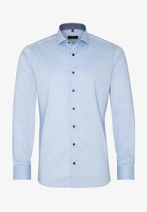 SLIM FIT - Shirt - hellblau
