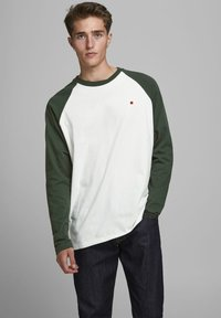 Jack & Jones PREMIUM - Long sleeved top - climbing ivy - 0