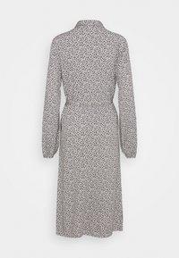 VILA TALL - VIZUGI MIDI DRESS - Robe chemise - navy blazer - 1
