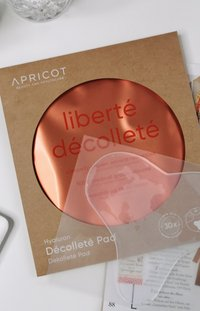 APRICOT - DÉKOLLETÉ PAD WITH HYALURON - Skincare tool - - - 4