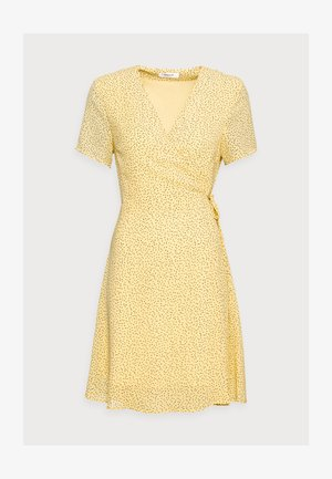 LINOA RIKKELIE WRAP DRESS - Day dress - banana