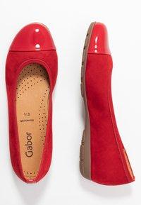 Gabor - Ballet pumps - cherry - 3