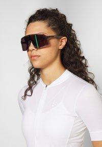 Oakley - SUTRO UNISEX - Sportbrille - grey ink/jade - 1