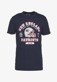 New Era - NFL NEW ENGLAND PATRIOTS HELMET AND WORDMARK TEE - Club wear - navy - 3