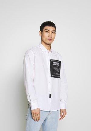 LABEL LOGO  - Camisa - white