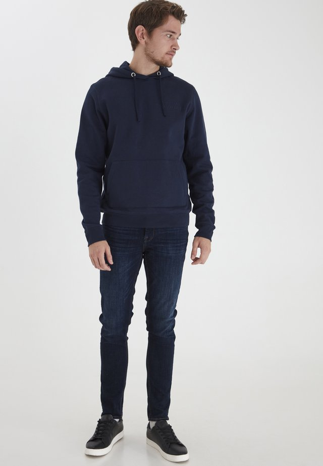 SEBASTIAN - Sweat à capuche - navy blazer