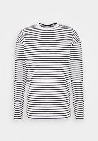 JPRCARL CREW NECK - Sudadera - white/black