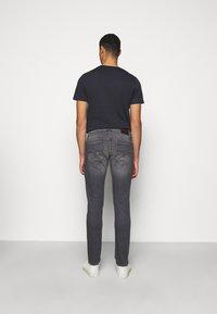 JOOP! Jeans - STEPHEN - Slim fit jeans - silver - 2