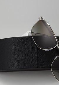 Prada - Sonnenbrille - brown/silver-coloured - 2