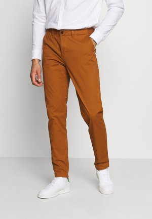 STUART CLASSIC - Chinos - tabacco