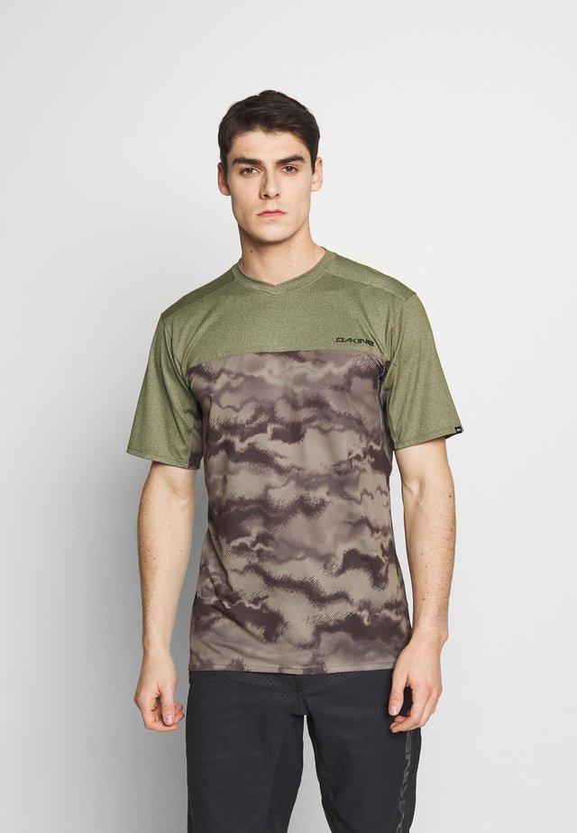 VECTRA - Print T-shirt - ashcroft