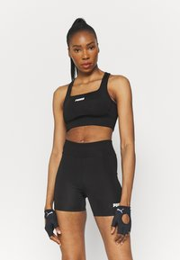 Puma - PAMELA REIF X PUMA SQUARE NECK BRA - Medium support sports bra - black - 0