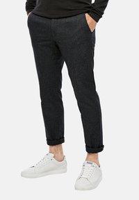 s.Oliver BLACK LABEL - Trousers - grey heringbone - 3