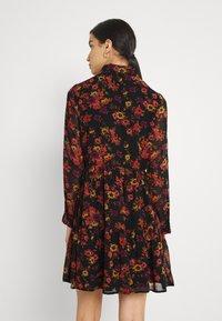 Molly Bracken - LADIES WOVEN DRESS - Day dress - windflowers black - 2