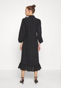 We are Kindred - BRONWYN MIDI DRESS - Košilové šaty - black - 2