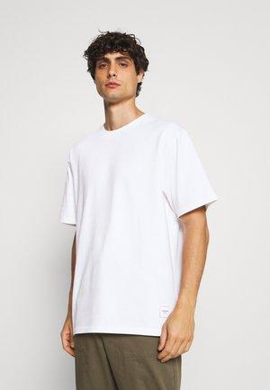 WRAP COLLAR TEE - T-shirt basic - white