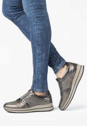 Sneakersy niskie - verdegris