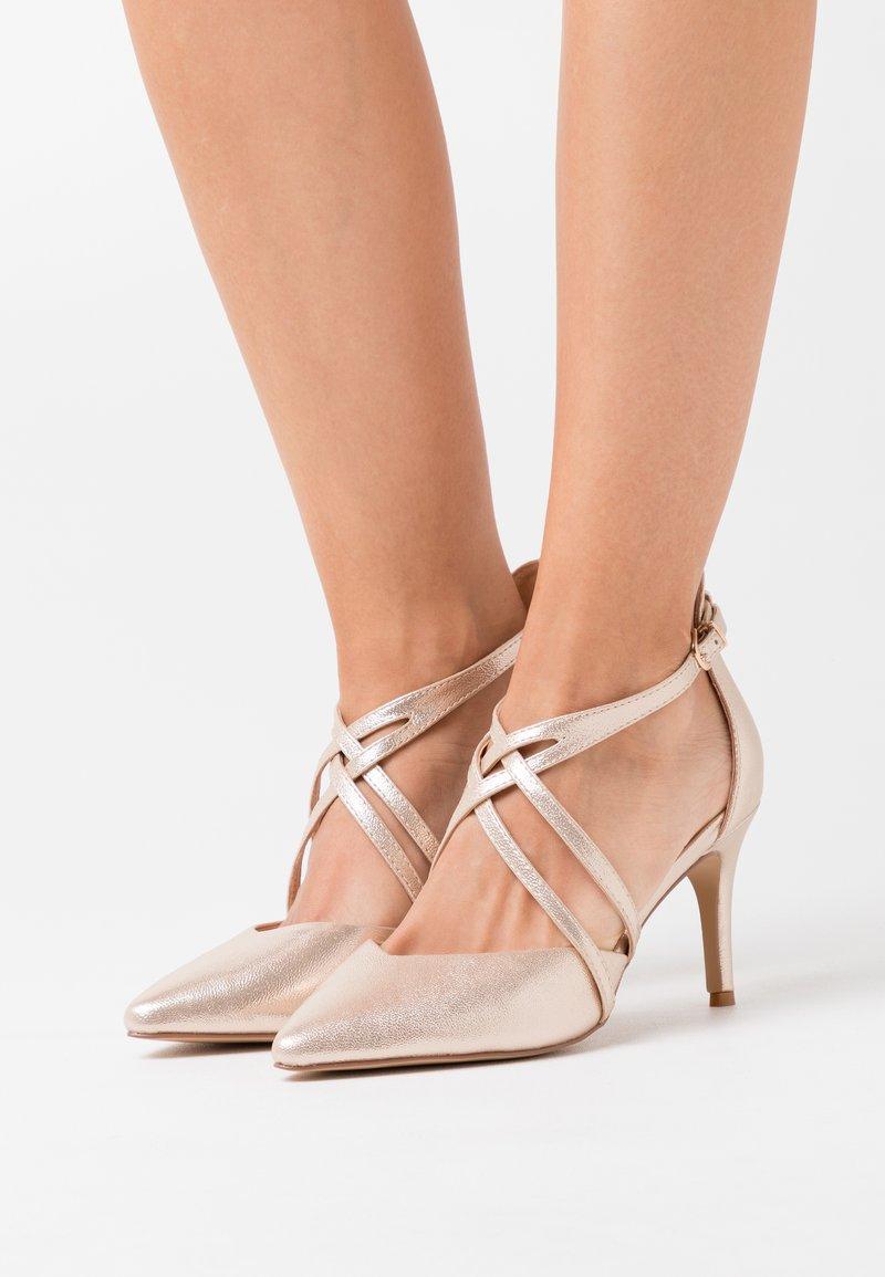 Wallis Wide Fit - WIDE FIT WINTERBERRY - High heels - beige shimmer