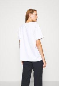 ARKET - Camiseta básica - white light - 2