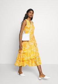 Lauren Ralph Lauren Petite - JABARI - Cocktail dress / Party dress - yellow - 1