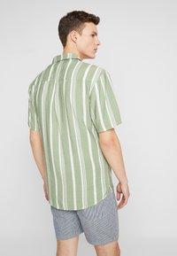 REVOLUTION - STRIPE - Shirt - green - 2