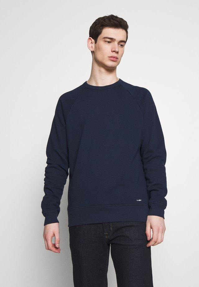 ROBIN CREW - Sweater - true blue