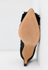 Cosmoparis - MANIFIKA BIPOIS - High heels - noir - 6