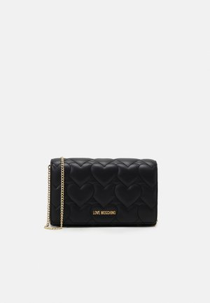 HEART QUILTED CROSSBODY - Skuldertasker - nero