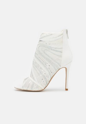 ABENDANI - Ankle cuff sandals - white
