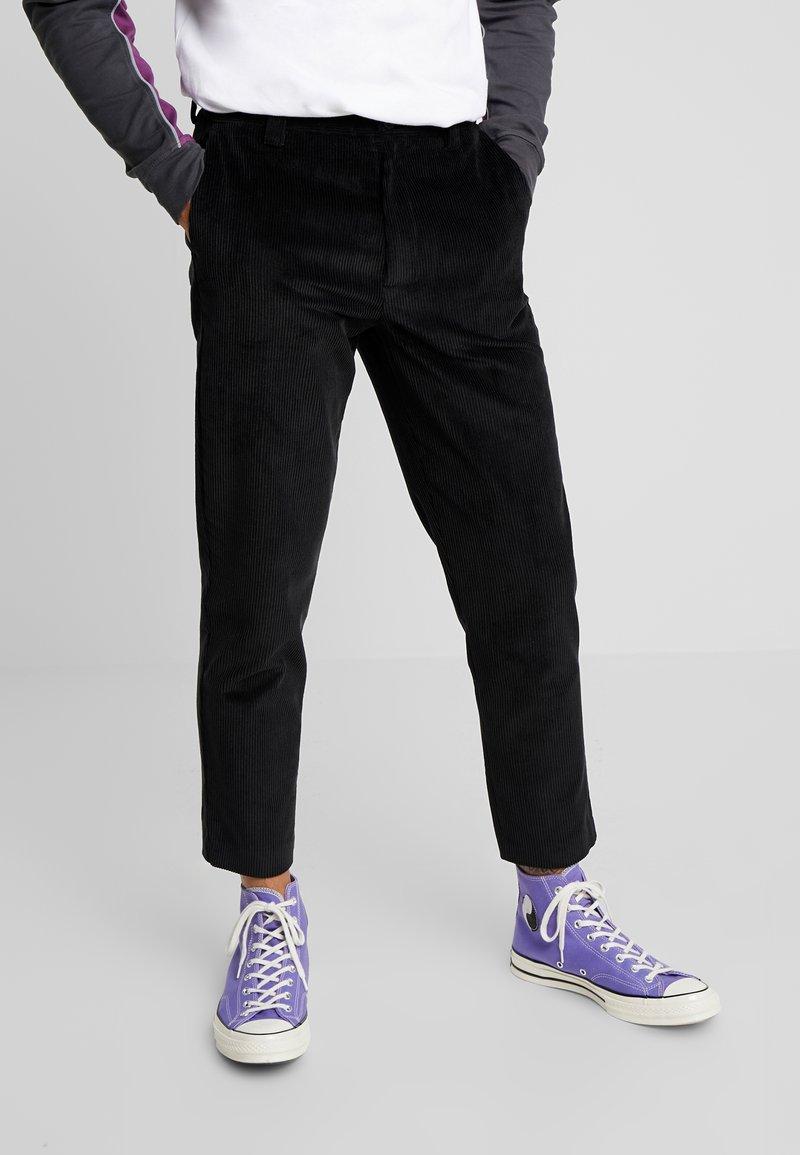 Mennace - Pantalon classique - black