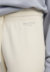Marc O'Polo - Tracksuit bottoms - beige - 5