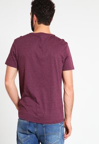 Pier One - Basic T-shirt - bordeaux melange - 2