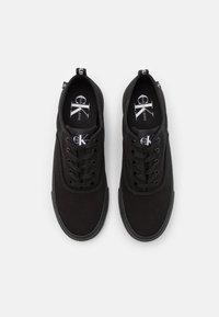 Calvin Klein Jeans - SKATE OXFORD - Trainers - full black - 3