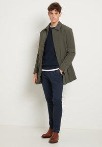 Selected Homme - SLHBERG CREW NECK - Jumper - navy blazer/melange - 1