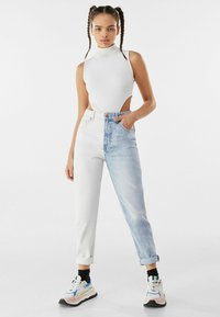 Bershka - Slim fit jeans - light blue - 1