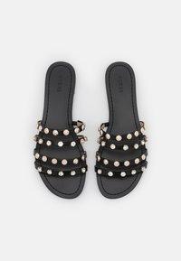 Guess - CEVAN - Pantofle - black - 5